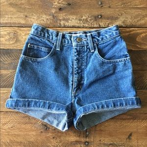 Vintage Guess high waisted jean shorts